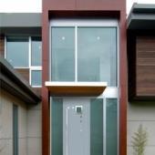 Декоративная дверь