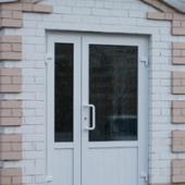 Тамбурная ПВХ дверь